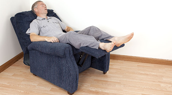 Things To Consider Before Buying Recliners For Back And Neck Problems